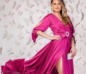 5 rochii de seara cu aplicatii deosebite, ideale pentru t...