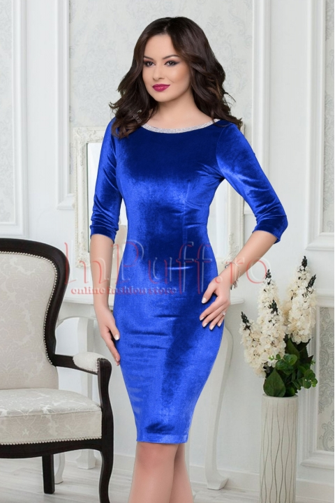 Rochie albastru royal din catifea accesorizata cu pietricele argintii