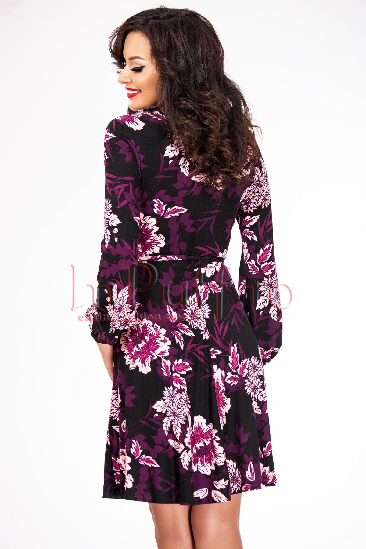 Rochie lejera de zi cu imprimeu floral
