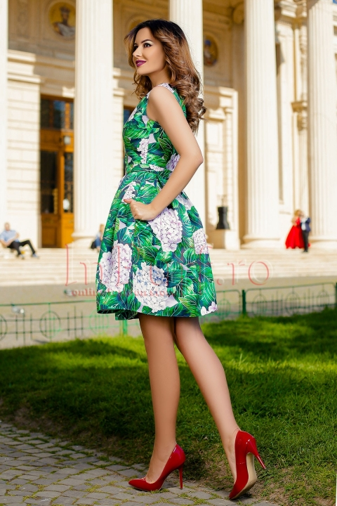 Rochie eleganta cu imprimeu floral si buzunare