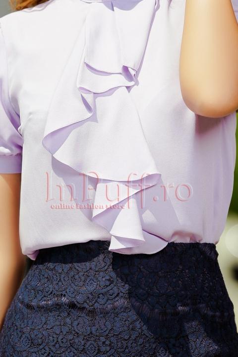 Bluza lila accesorizata cu jabou