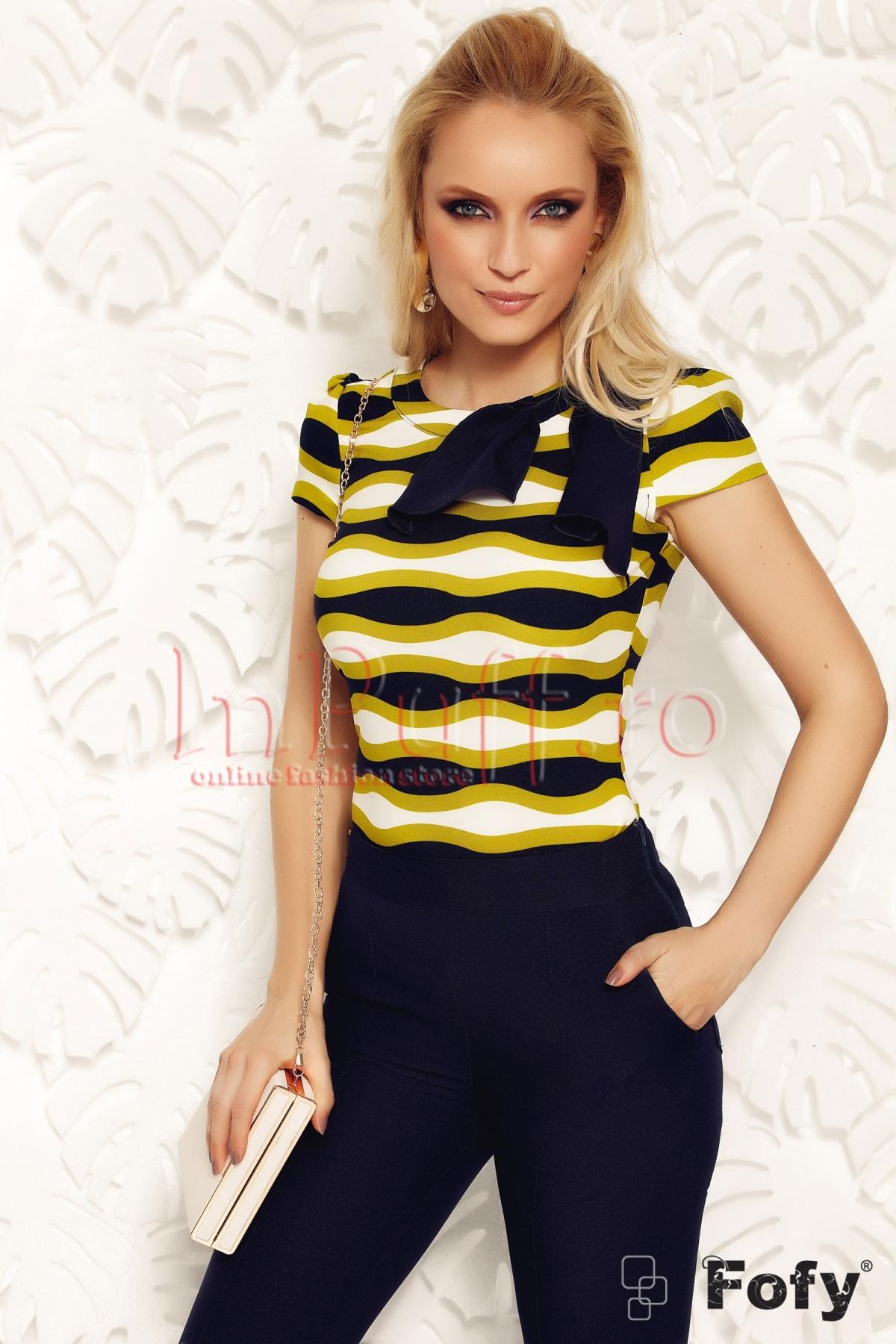 Bluza Fofy eleganta imprimata accesorizata cu funda