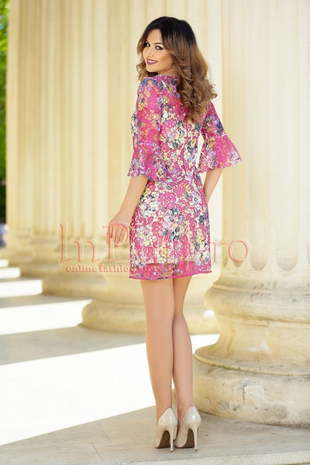 Rochie MBG eleganta din broderie colorata