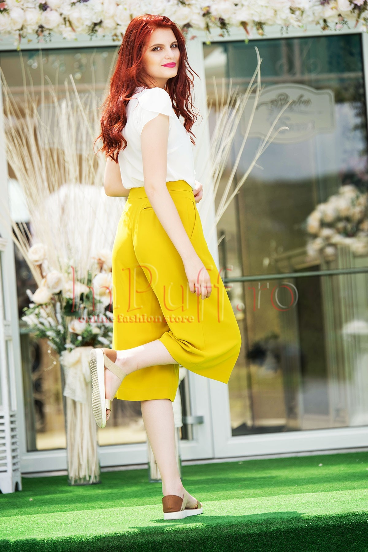 Pantaloni Hermosa capri galben mustar