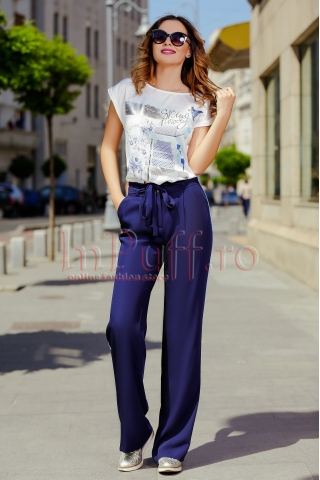 Pantaloni bleumarin cu vipusca