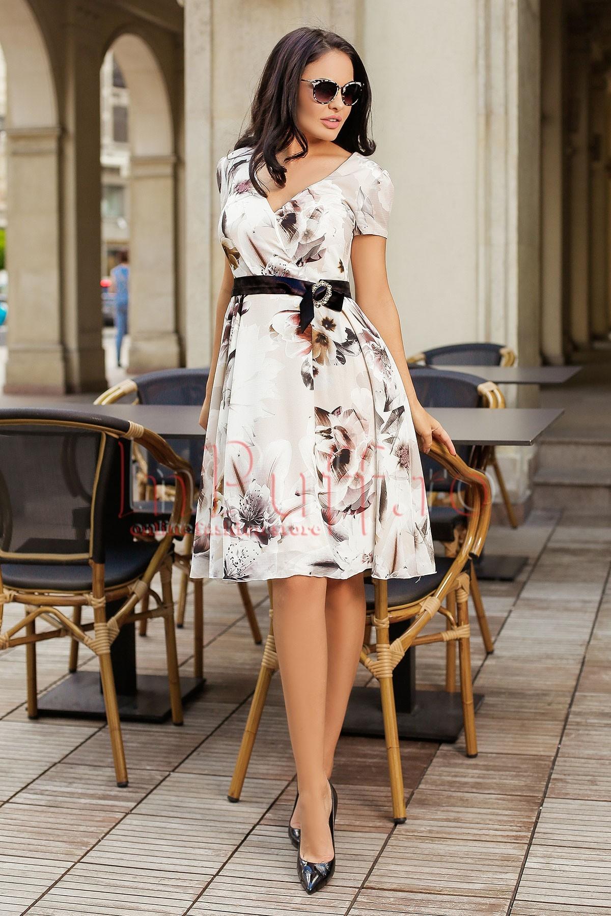 Rochie MBG eleganta cu imprimeu floral si funda in talie