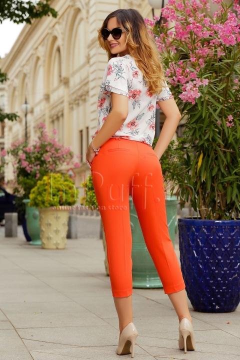 Pantaloni trei sferturi corai