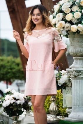 Rochie MBG roz din in cu flori brodate
