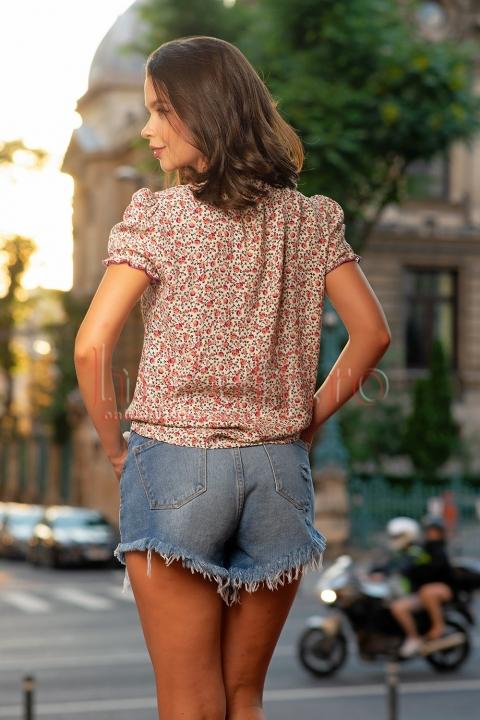 Bluza lejera cu imprimeu floral colorat
