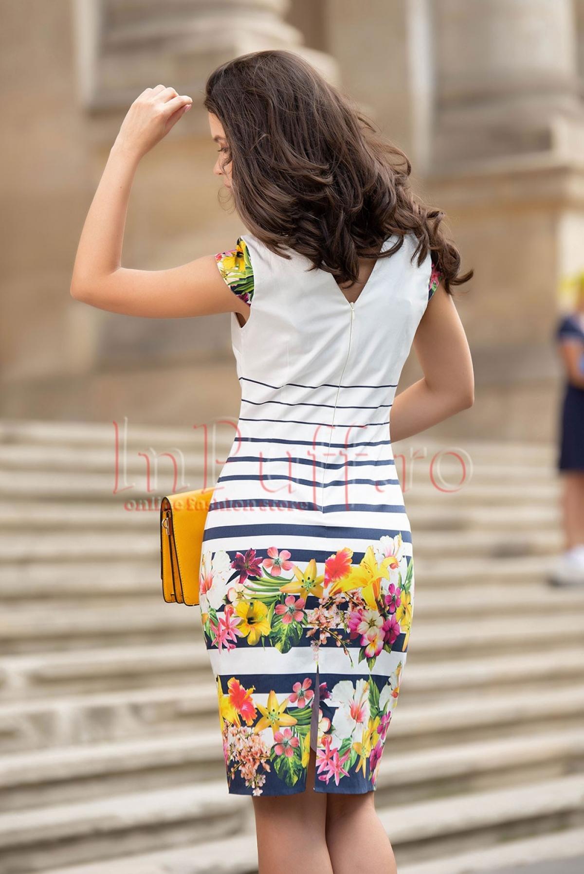 Rochie alba cu imprimeu floral si dungi orizontale
