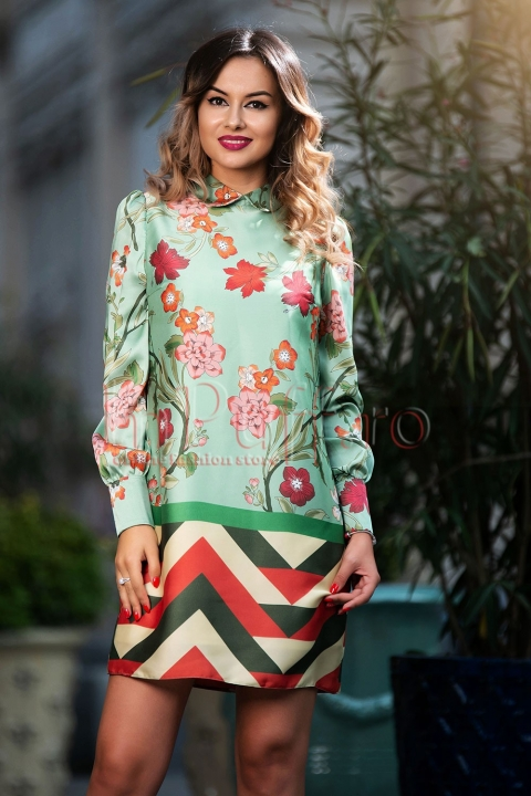 Rochie Pretty Girl eleganta vernil cu flori