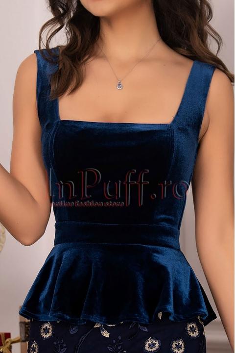 Rochie din catifea albastra cu peplum si broderie