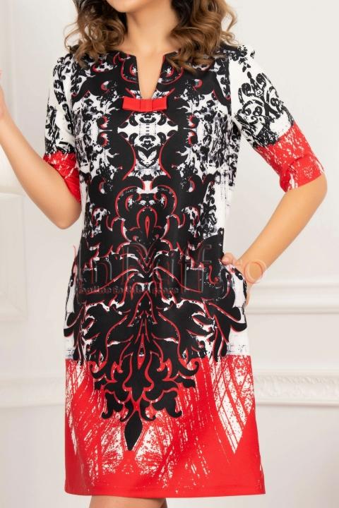 Rochie rosie cu imprimeu