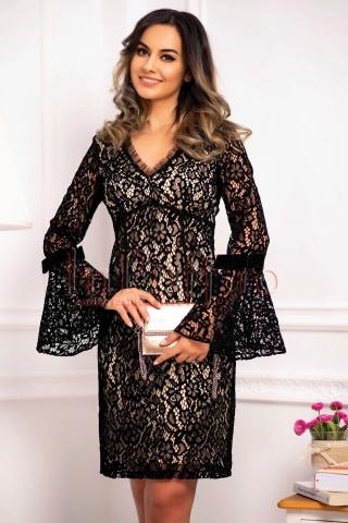 Rochie conica eleganta de seara din catifea cu maneca clopot