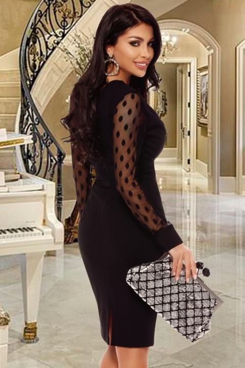 Rochie eleganta cu aplicatii din broderie