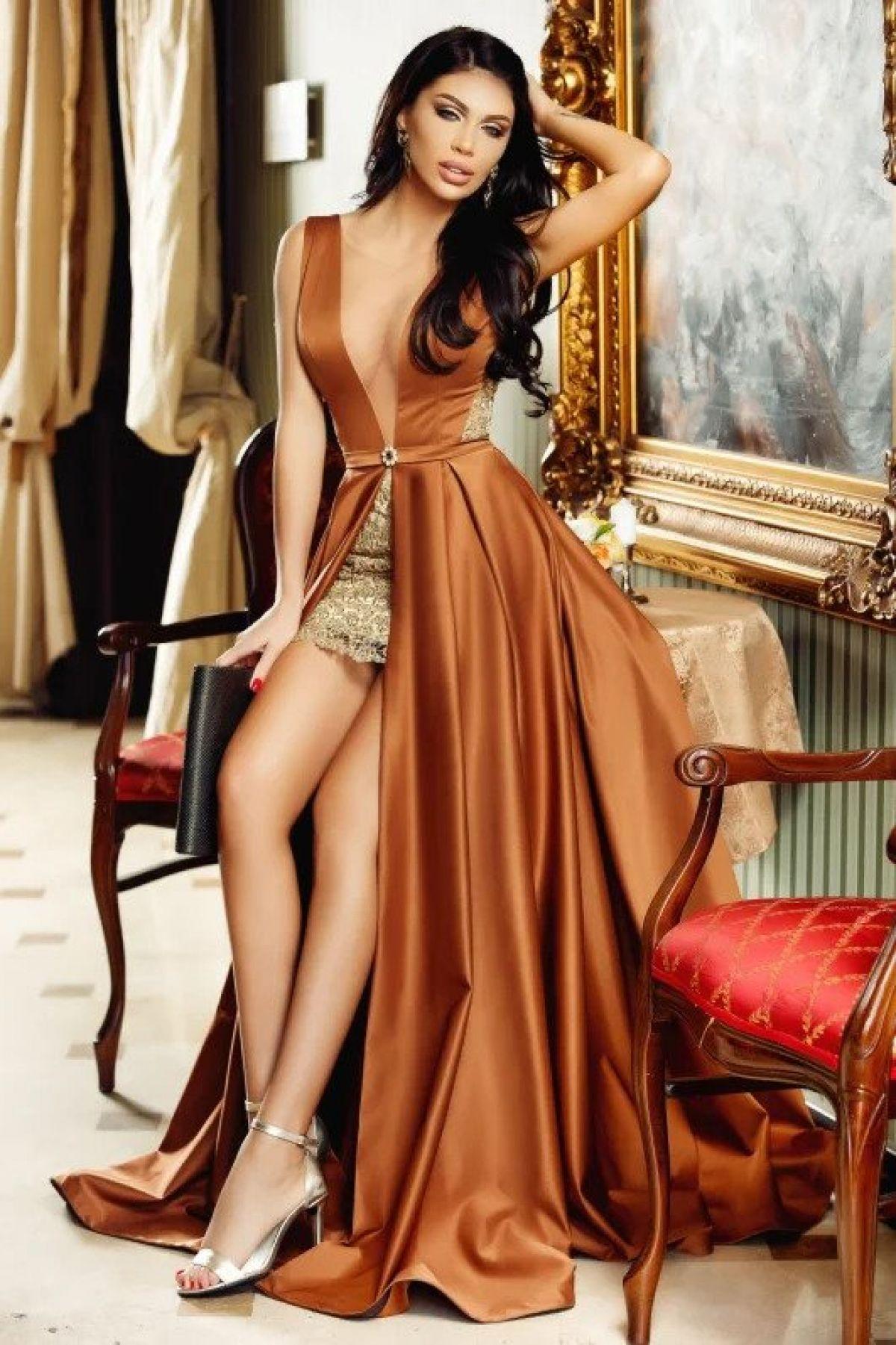 Rochie lunga cu fusta scurta din tafta Atmosphere