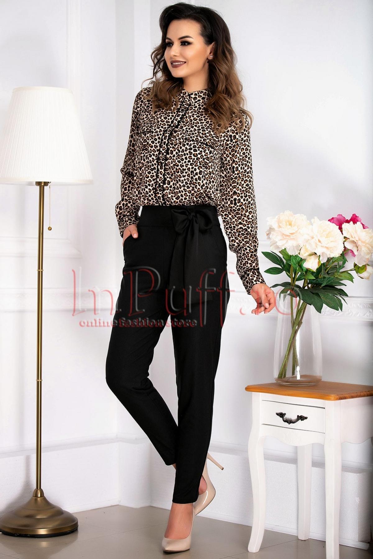 Pantaloni office conici de culoare neagra Pretty Girl cu talie inalta si funda accesorizat