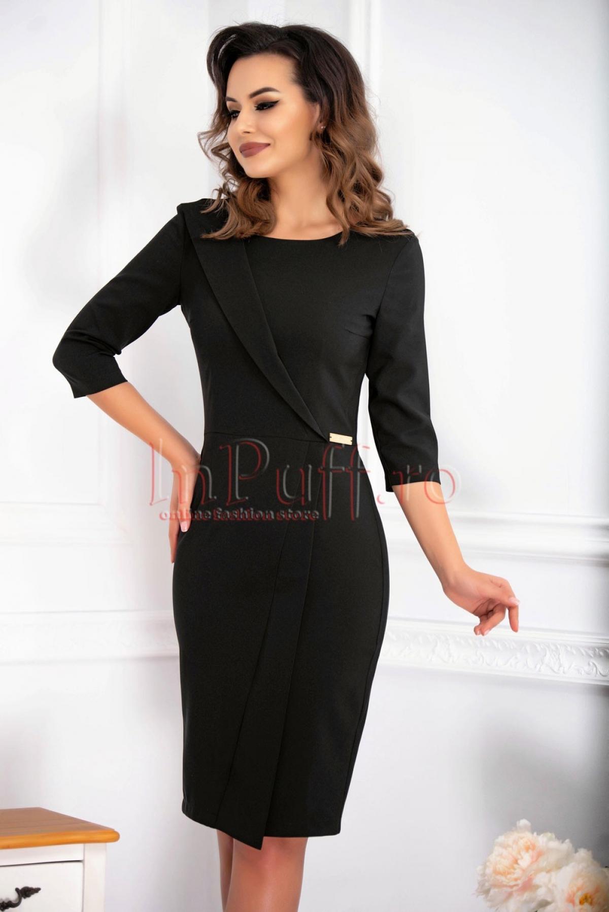 Rochie din stofa conica cu maneca trei sferturi  de culoare neagra