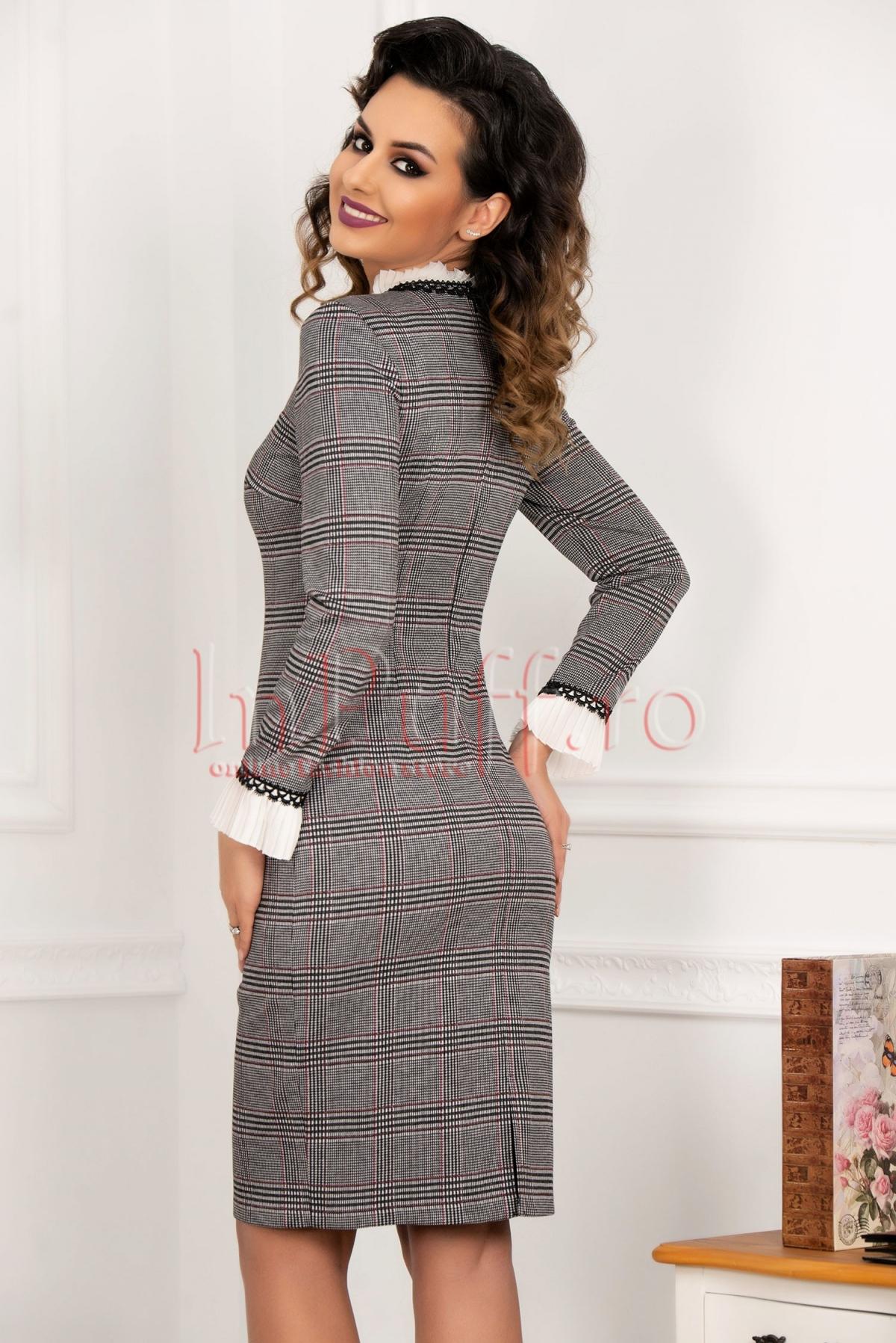 Rochie eleganta din stofa in carouri si dungi subtiri grena