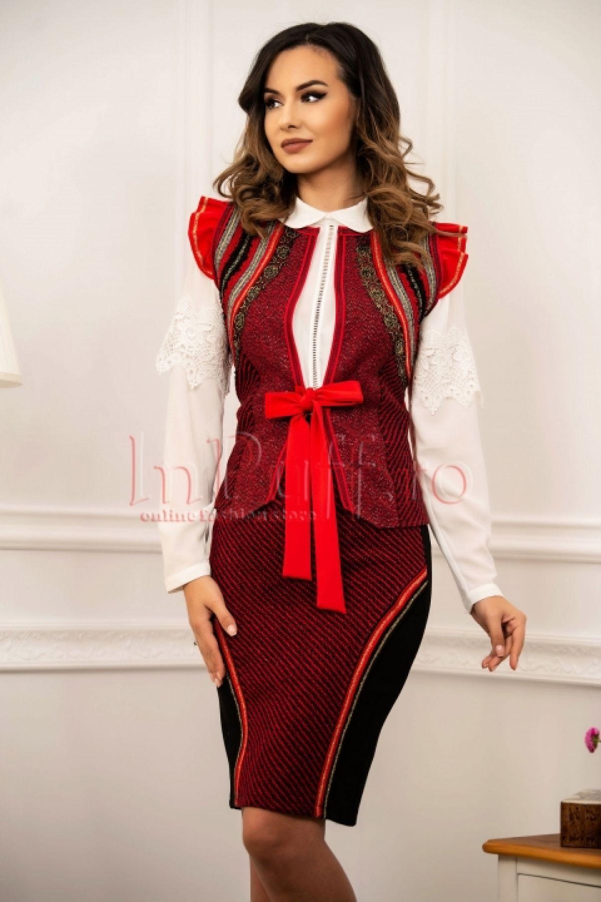 Vesta Venezia rosie din lana cu fir lame auriu