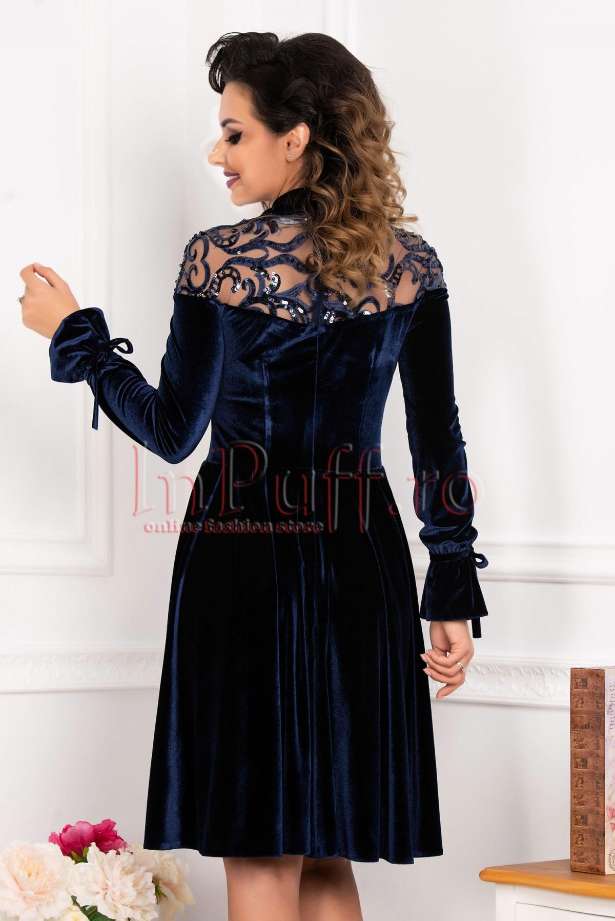 Rochie bleumarin de seara MBG din catifea cu maneca clopot