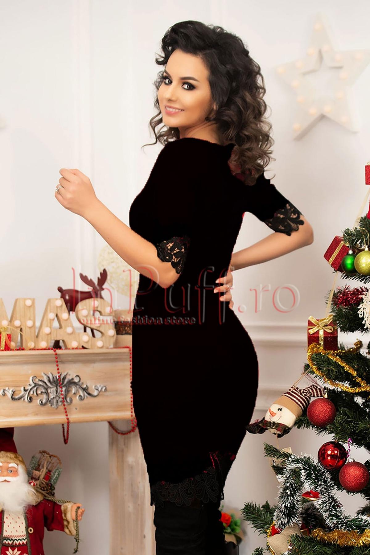 Rochie MBG din tricot negru cu broderie la maneca si tiv