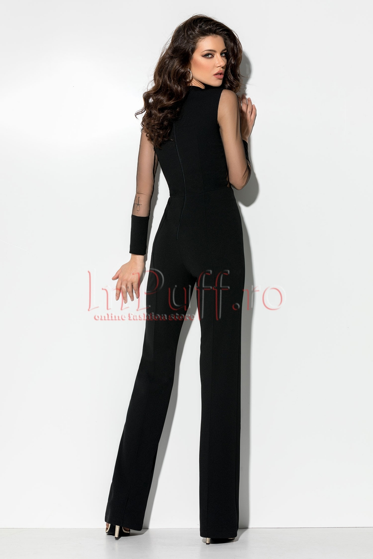 Salopeta neagra eleganta cu bust transparent si pantalon evazat