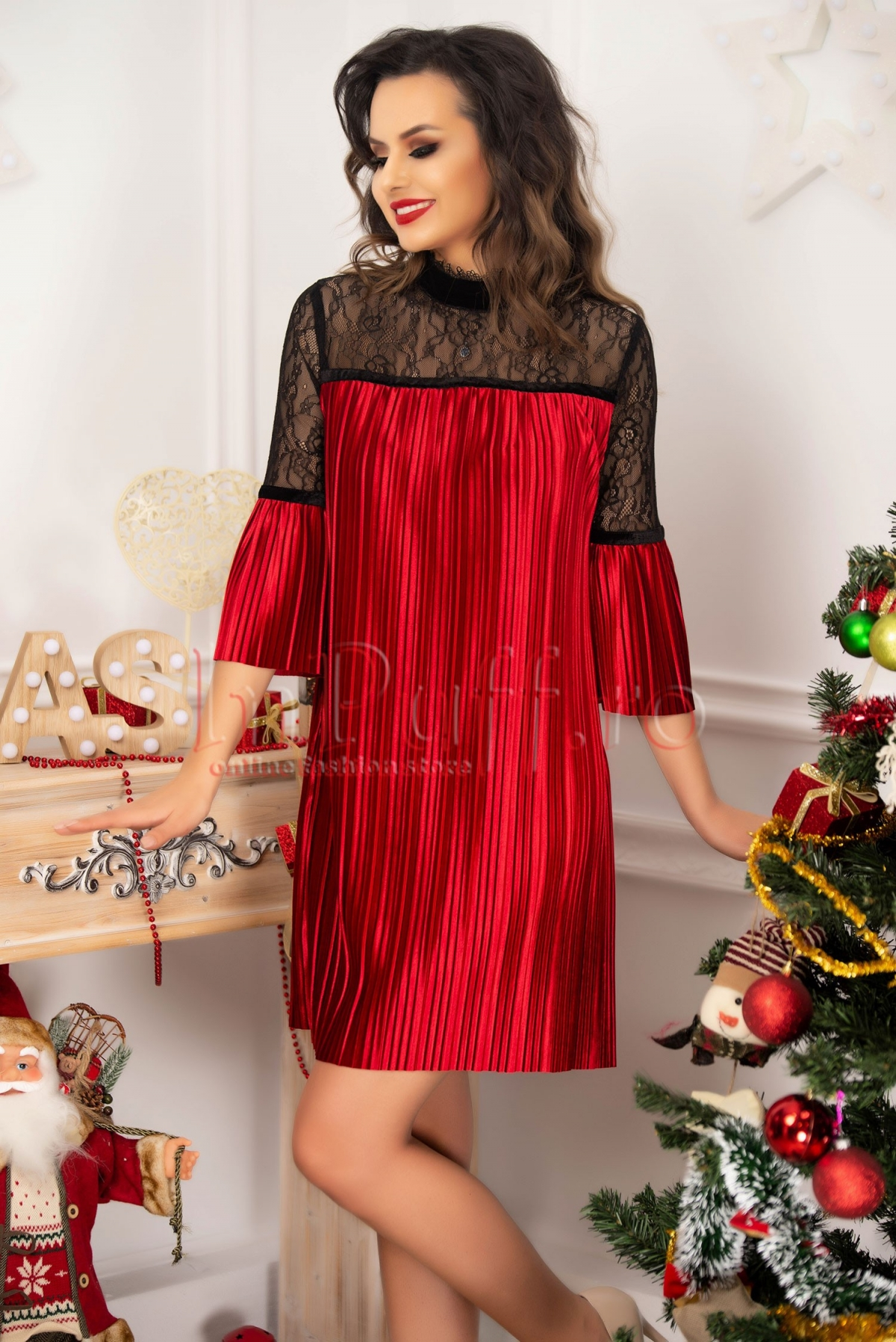 Rochie de seara scurta din catifea rosie plisata si dantela neagra