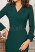 Rochie verde inchis dama cu decolteu petrecut