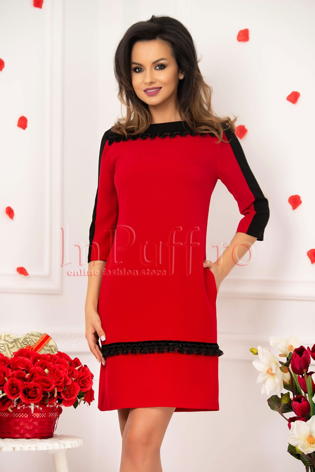 Rochie rosie MBG midi cu insertii rosii