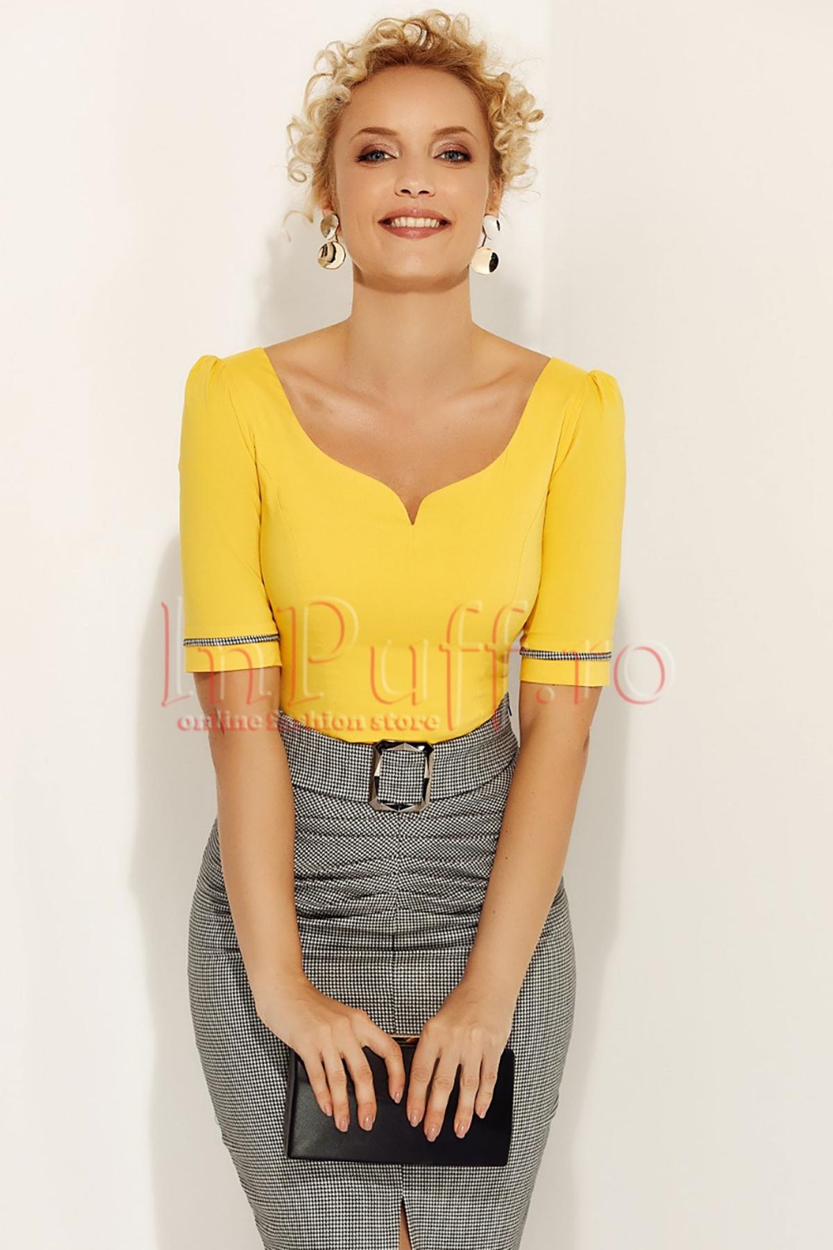 Bluza Fofy eleganta galbena cu insertie pe maneca