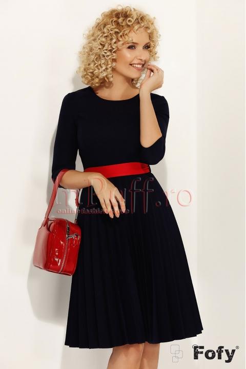 Rochie Fofy bleumarin plisata si cordon rosu in talie