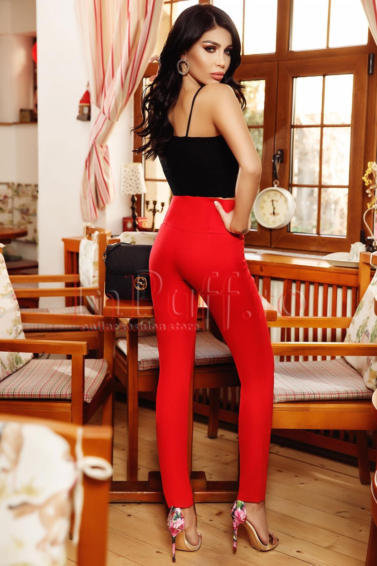 Pantalon Atmosphere rosu cu nasturi aurii