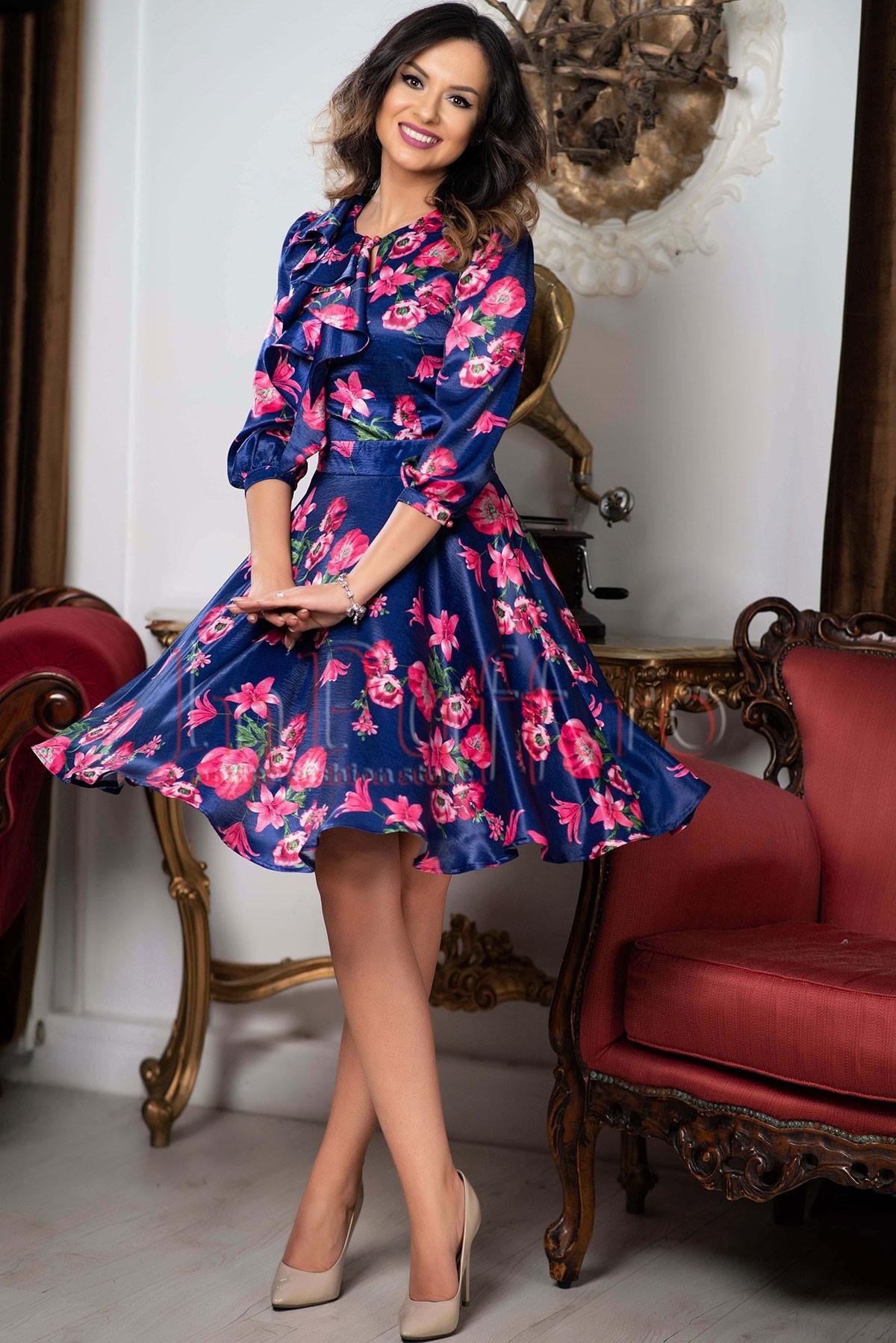 Rochie MBG clos bleumarin cu imprimeu floral
