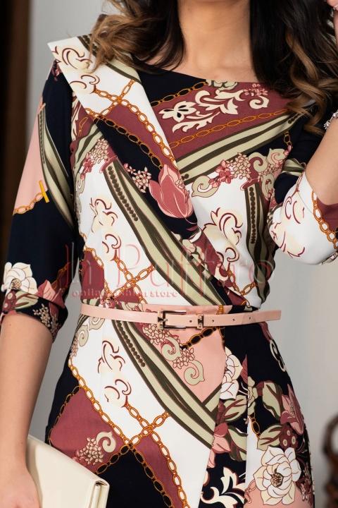 Rochie midi alba imprimeu deosebit si curea in talie