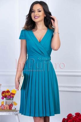 Rochie turcoaz midi plisata cu decolteu in V si curea in talie