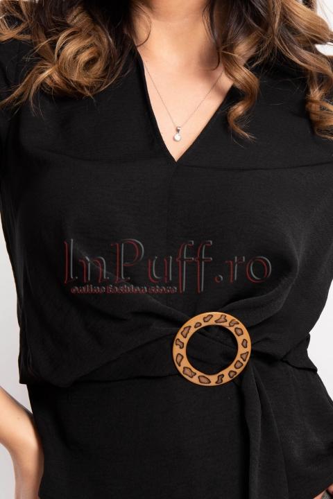 Bluza neagra lejera cu maneca scurta si catarama in talie