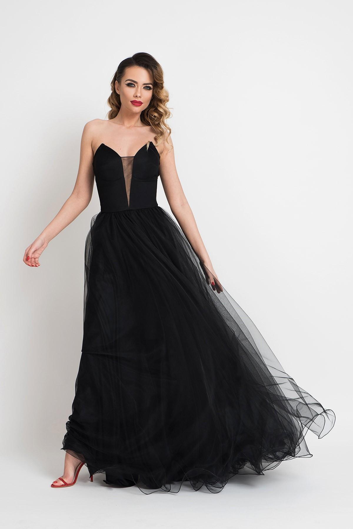 Rochie neagra de ocazie din tul cu bustul tip corset si decolteu adanc in V