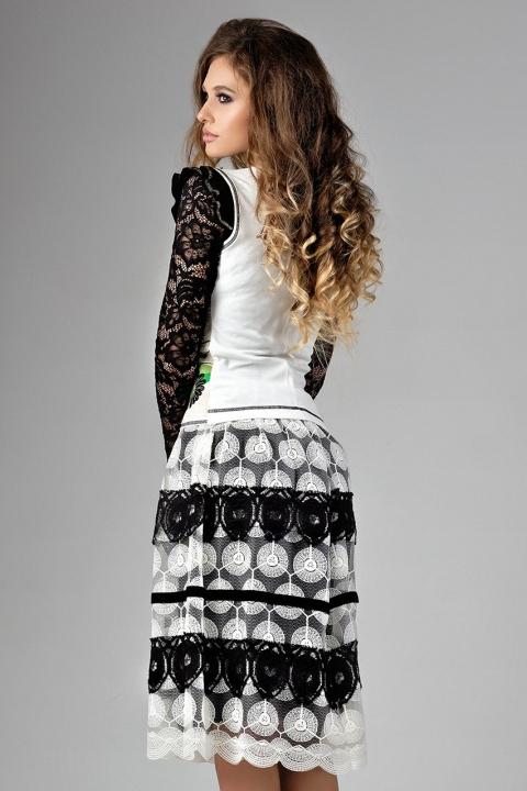 Compleu 2 piese dama vesta si fusta alb negru cu motive traditionale
