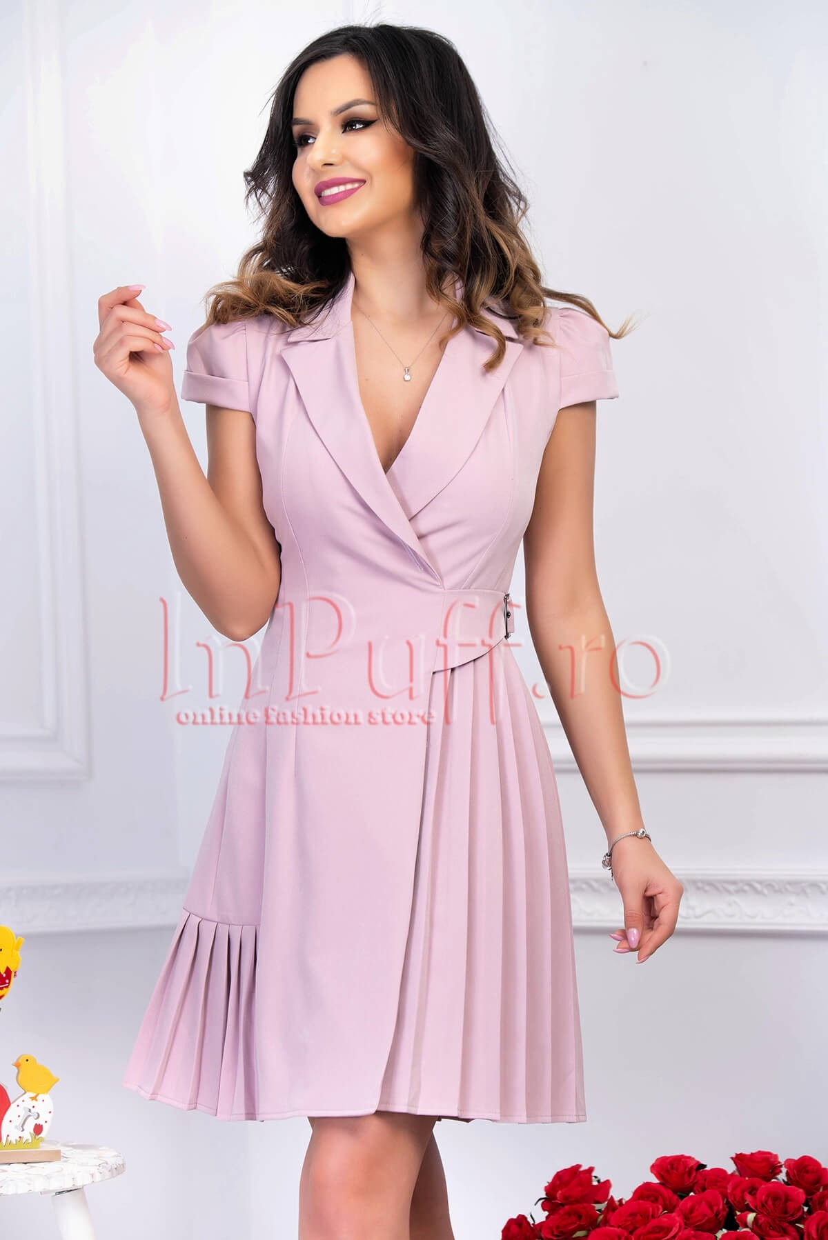 Rochie eleganta roz pal din stofa plisata petrecuta