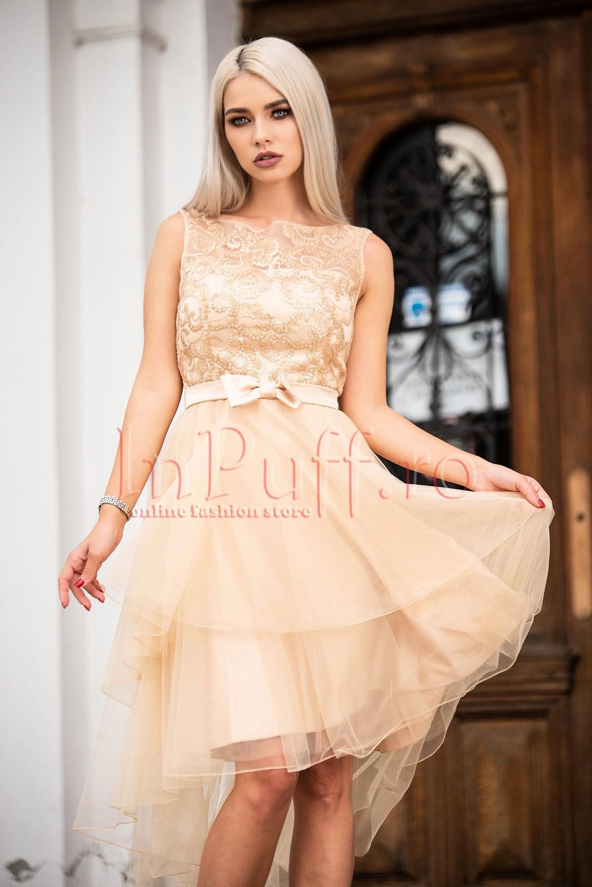Rochie de lux nude beige cu fusta din tul asimetrica funda si bust brodat