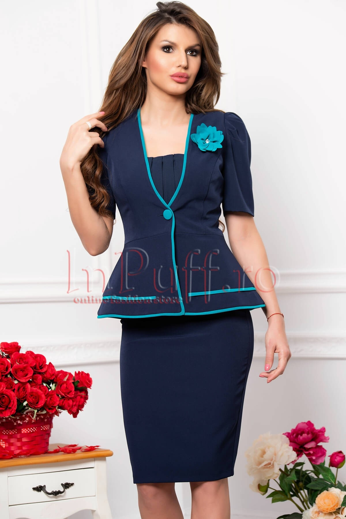 Compleu dama bleumarin cu insertii turcoaz thumbnail