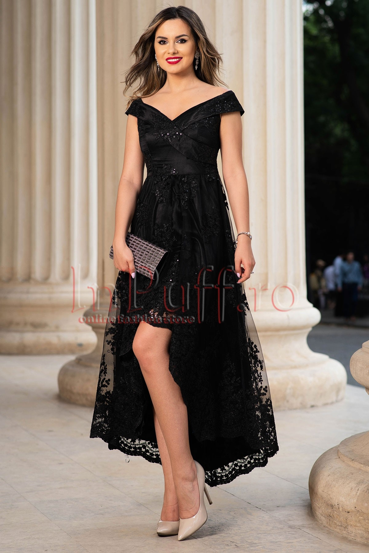 Rochie de lux neagra asimetrica din broderie si paiete
