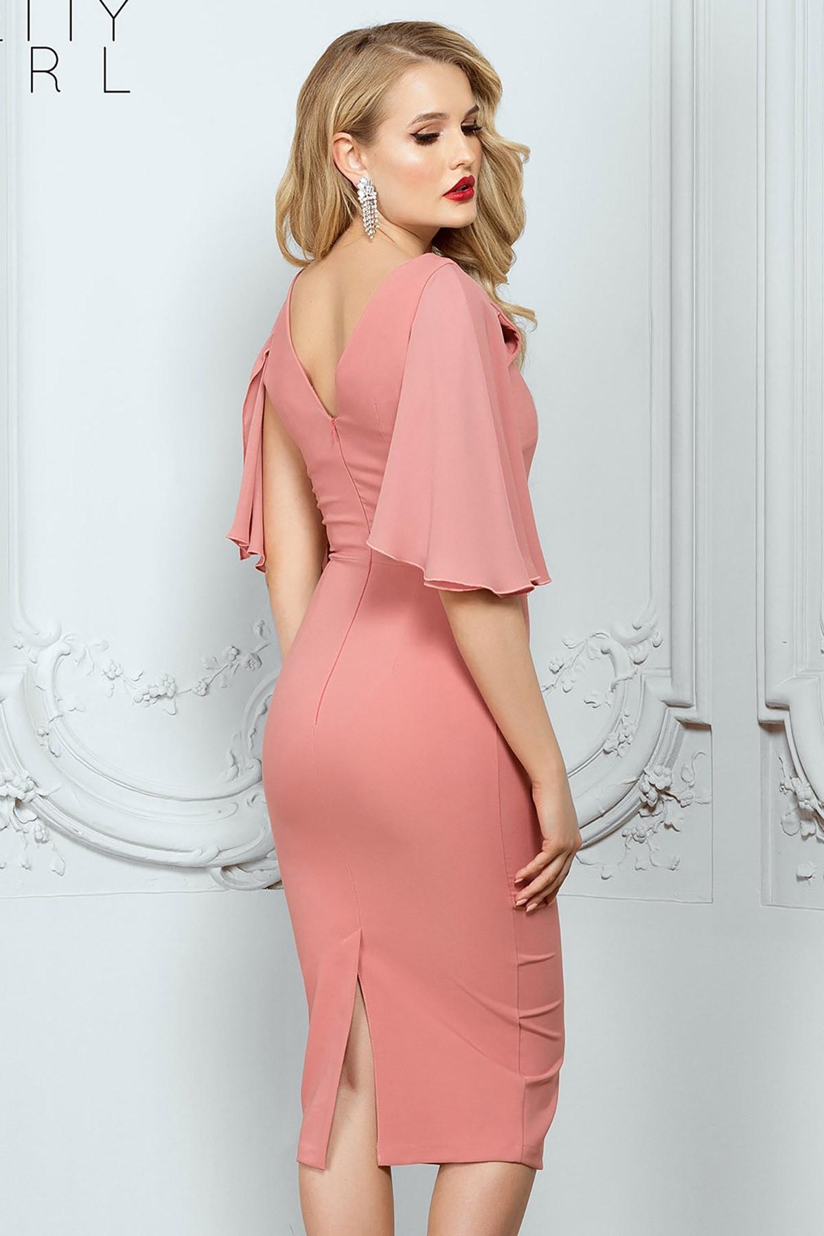 Rochie de seara roz prafuit cambrata cu maneca din voal