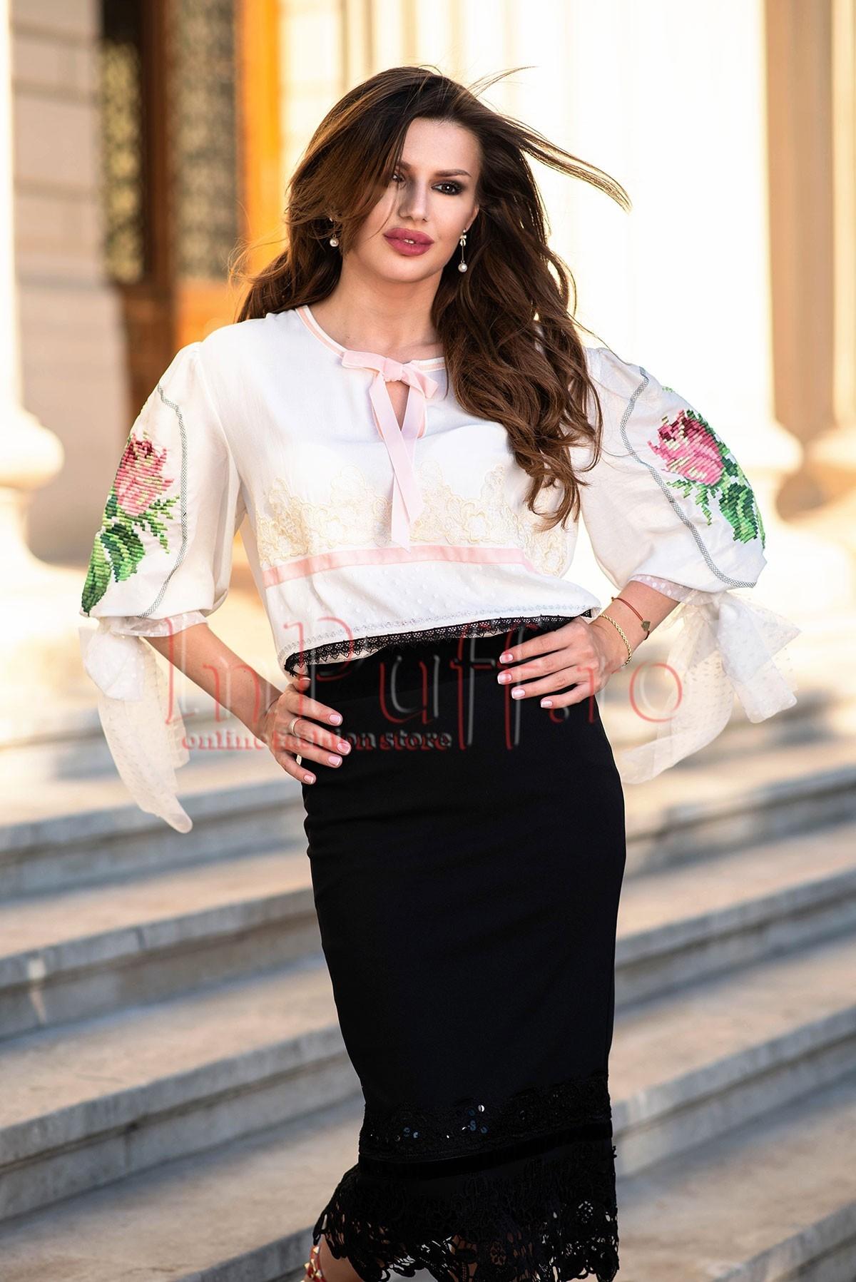 Bluza dama eleganta din voal cu broderie si modele traditionale