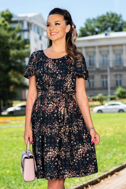 Rochie de zi cu imprimeu floral si volanase la maneci