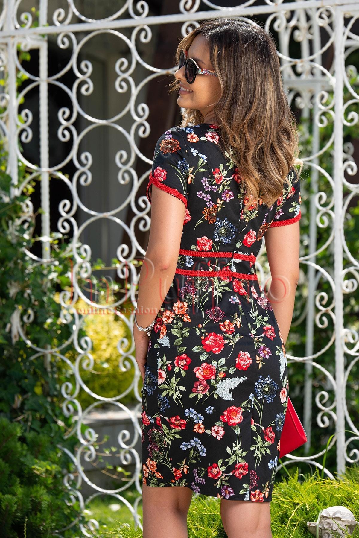Rochie eleganta neagra cu imprimeu floral si aplicatii rosii