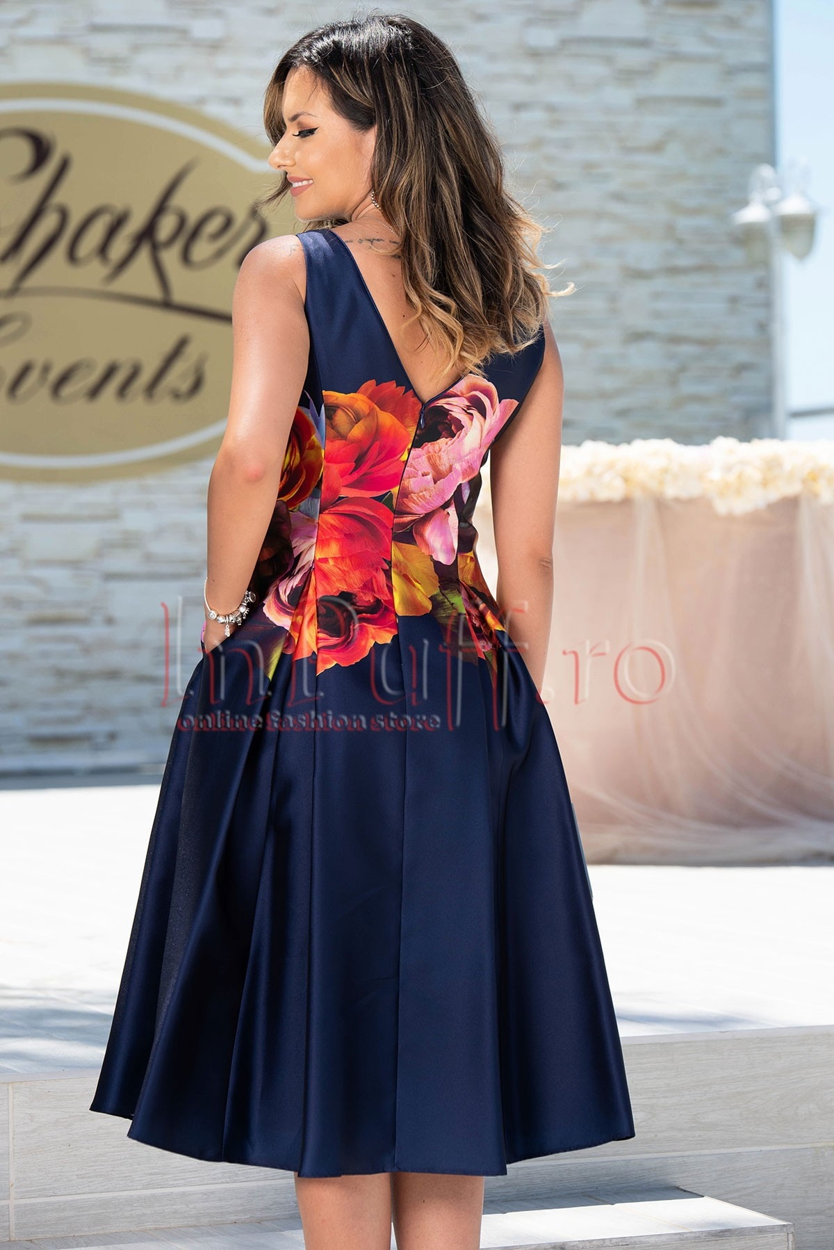Rochie de seara din tafta bleumarin cu imprimeu floral trandafiri