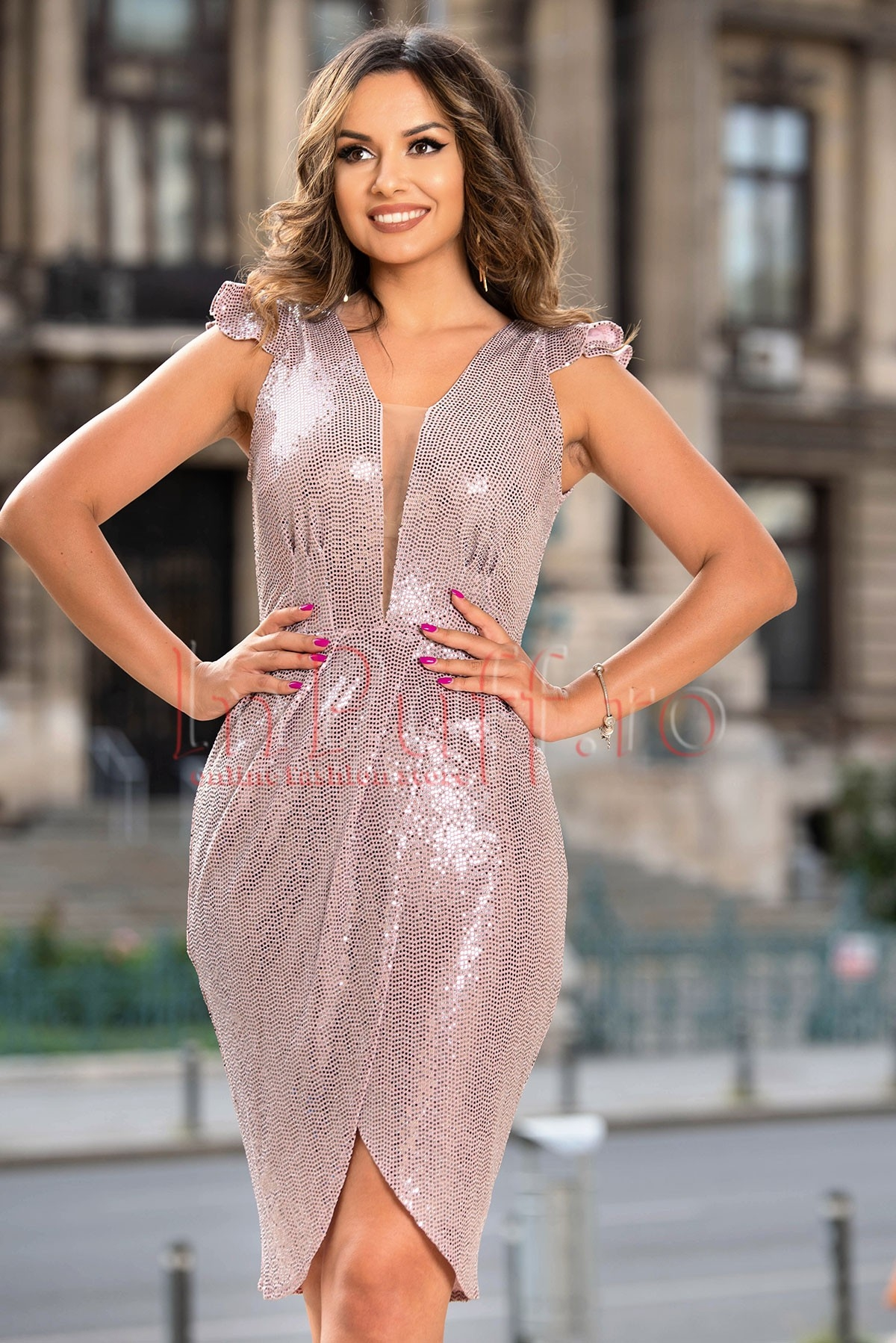 Rochie de ocazie Moze roze cu paiete argintii Moze