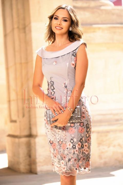 Rochie de ocazie cu broderie florala si tul